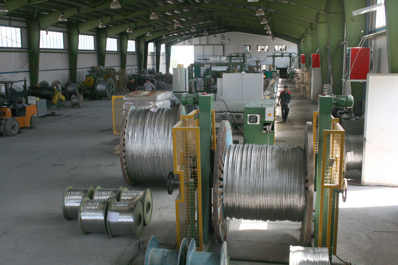 Production of Aluminum wires with steel kernel